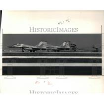 1991 Press Photo Mig-29 land at Burke Airport to perform in Cleve Nat'l Air Shw
