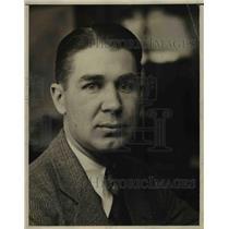 1930 Press Photo Claire Burck-=Cleveland Sports Desk. - nee65419