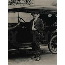1921 Press Photo Senator Irvine Lenroot of Wisconsin  & his car in Wash DC