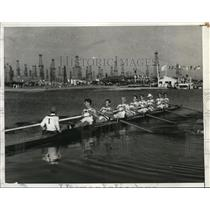 1932 Press Photo Great Britain Rowing Team wins first elimination race