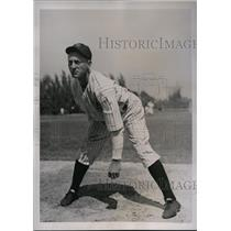 1937 Press Photo Yankees pitcher Kemp Wickers at training camp in St Petersburg