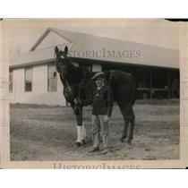 1920 Press Photo jockey Claver with Canso, owned by Cmdr. JKL Ross - nez18914