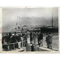 1931 Press Photo SS Oropesa carrys Prince of Wales past Morro Castle Cuba