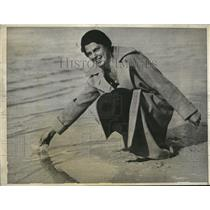 1931 Press Photo Betsy Dern Salt Water Utah