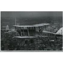 1968 Wire Photo Hackbarth arrives over the Capital to complete a flight