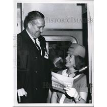 1968 Press Photo Frank J Hann and Nancy Hann stewardess CJS Airport Extension