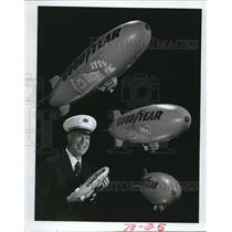 1976 Press Photo Blimp model, Goodyear - cva77985