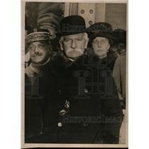 1919 Press Photo Premier Orlando Puts Flume Mandate Before Italian Parliament