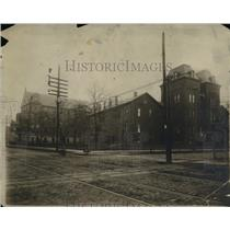 1902 Press Photo The Old and New buildings of St. Vincent's Hospital - cva90249