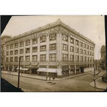 1913 Press Photo The Higbee's Company - cva95803