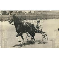 1918 Press Photo Tommy Murphy driving Orofino during workout