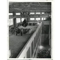 1935 Press Photo Dumping rubbish at the Garbage plant - cva74529