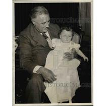 1936 Press Photo President Roosevelt with his grandchild, Kate Roosevelt