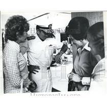 1973 Press Photo Elmo R. Zumwalt Jr. Checking His Watch - ora99515