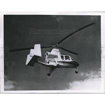 1960 Press Photo Autogiro revival is being tried by Raymond Umbaugh. - orb09916