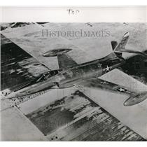 1949 Press Photo F-90 streak over southern California desert near Muroc air base