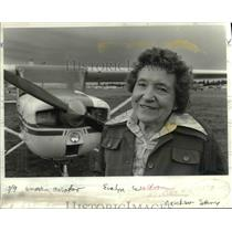 1984 Press Photo Evelyn Waldron Gives Flying Lessons Vancouver Washington