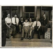 1931 Press Photo Family of Harold S Jones Aviator Waiting His Return from Tokyo