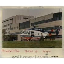 1988 Press Photo Neighbors continuing complaints about Life Flight. - orb21687