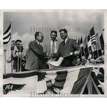 1947 Press Photo Pan American Airways James Kandis, Wilbur Morrison - nex98876