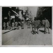 1930 Press Photo Egyptian Amry guards Rue Sherif Pasha in Alexandria - nex98762