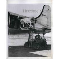1945 Press Photo Respirators loaded to combat for Belgium Paralysis Epidemic