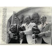 1973 Press Photo Raymond Berry, Jim Parker & Lions' Joe Schmidt at Hall of Fame