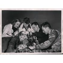 1953 Press Photo Cynthia Joins All Male Students Learn Airplane Mechanics