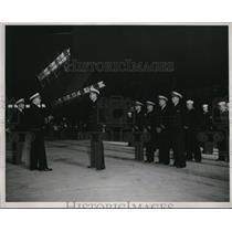 1942 Press Photo Moffett Field CA, Lt Cmdr George Watsom, Lt Richard Bly