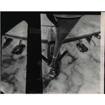 1953 Press Photo Boeing B-47 Stratojet bomber high over Kansas - spx04434