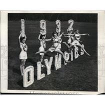 1931 Press Photo Gaye Roberts, Peggy Pierce hurdlers at Pasadena CA - nes45008