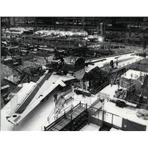 1981 Press Photo The first new-generation 767 airliner at Boeing plant Everett