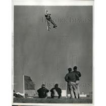 1941 Press Photo Danny Fowlie stunt flier at All American Air Manuevers in Fla