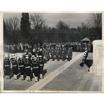 1932 Press Photo Armistice ceremony at A Nazi flier taken to British hosspital