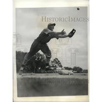 1934 Press Photo Edward A Delker Cardinal's infielder at spring training