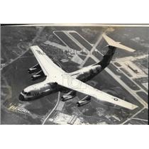 1976 Press Photo C141 cargo plane - spa22948