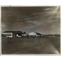 1947 Press Photo Flight line at Western Sky Ways on Troutdale airport
