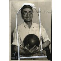 1930 Press Photo George Kinder marathon bowling championship 50 hours 352 games