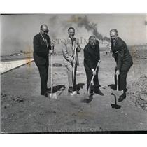 1975 Press Photo W.O. Allen chairman of Spokane Airport Board - spa24450