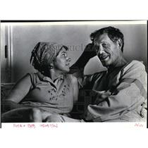 1988 Press Photo Rita and Bob Hempen talk about crash-landing. - spa23303