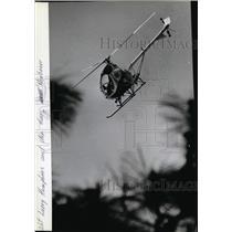 1985 Press Photo Pilot Larry Humphries and Dep. Gary Heubauer - spa22176