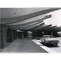 1965 Press Photo Exterior view of architecture of ticketing building entrance.