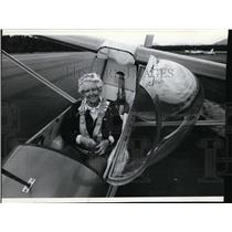 1983 Press Photo Airplane pilot Gladys Buroker - spa22632