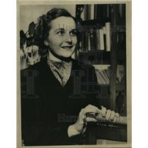1937 Press Photo Helen Noyes now Mrs David Allerton Hyde  - mja15123