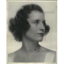1938 Press Photo Mary MacLeren engaged to Henry Furlong  - mja18163