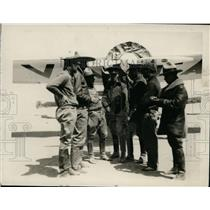 1929 Press Photo A group of Federal aviators & a plane at airport in Mexico