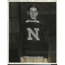 1927 Press Photo George Siewagen captain coach Newtown HS basketball team NY