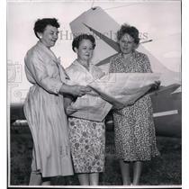 1958 Press Photo Race promoters Mrs. Hagan, Mrs. Lamb, and Mrs. Seavey