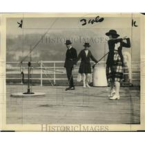 1923 Press Photo Golfers on the quarterdeck of Trans Pacific ships - net11797