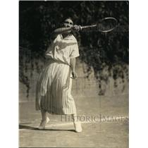 1924 Press Photo Lutfia Yousry Pash daughter of Egypt Minister at tennis